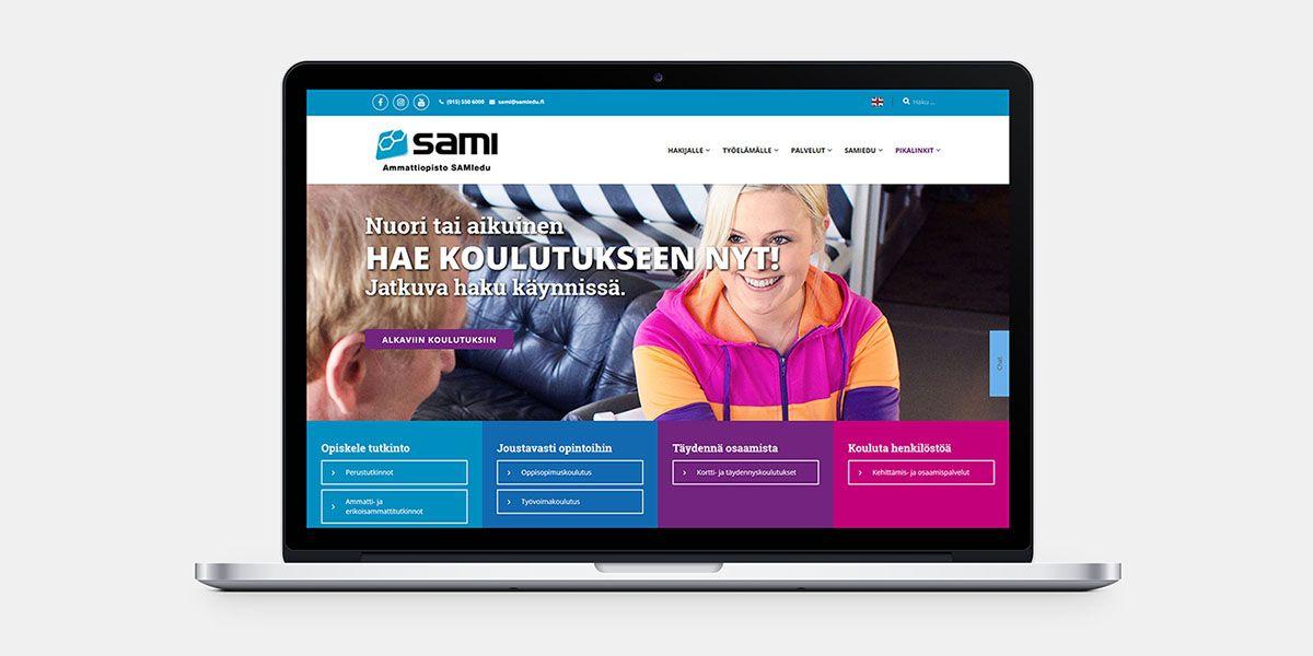 Tietokone, jossa on auki sami-edun verkkosivu